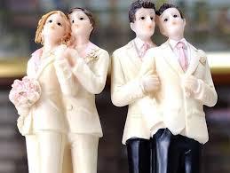 Le mariage, dernière institution pérenne, dernier symbole réactionnaire et non passé au crible de la Révolution et du Progrès enfin assujetti! Vive le Mariage pour Tous!